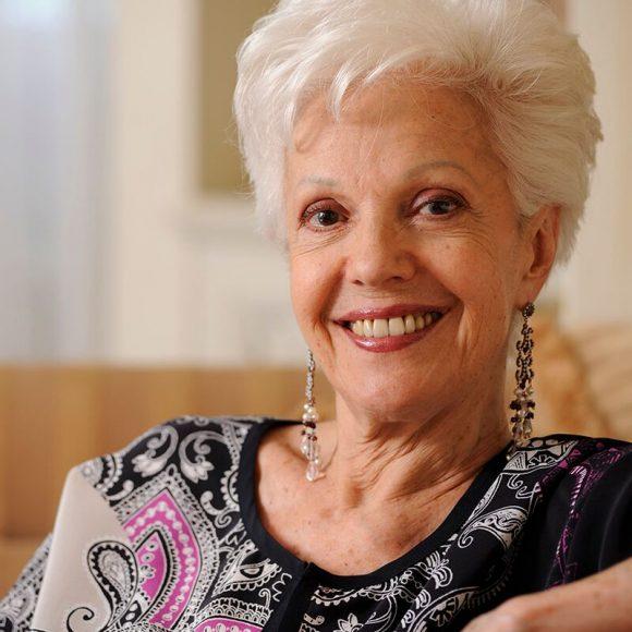 El certamen Nuevas Voces Ciudad de Sevilla rendirá homenaje a Raina Kabaivanska